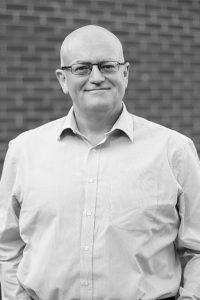 Dennis O'Connor, Director, 2into3